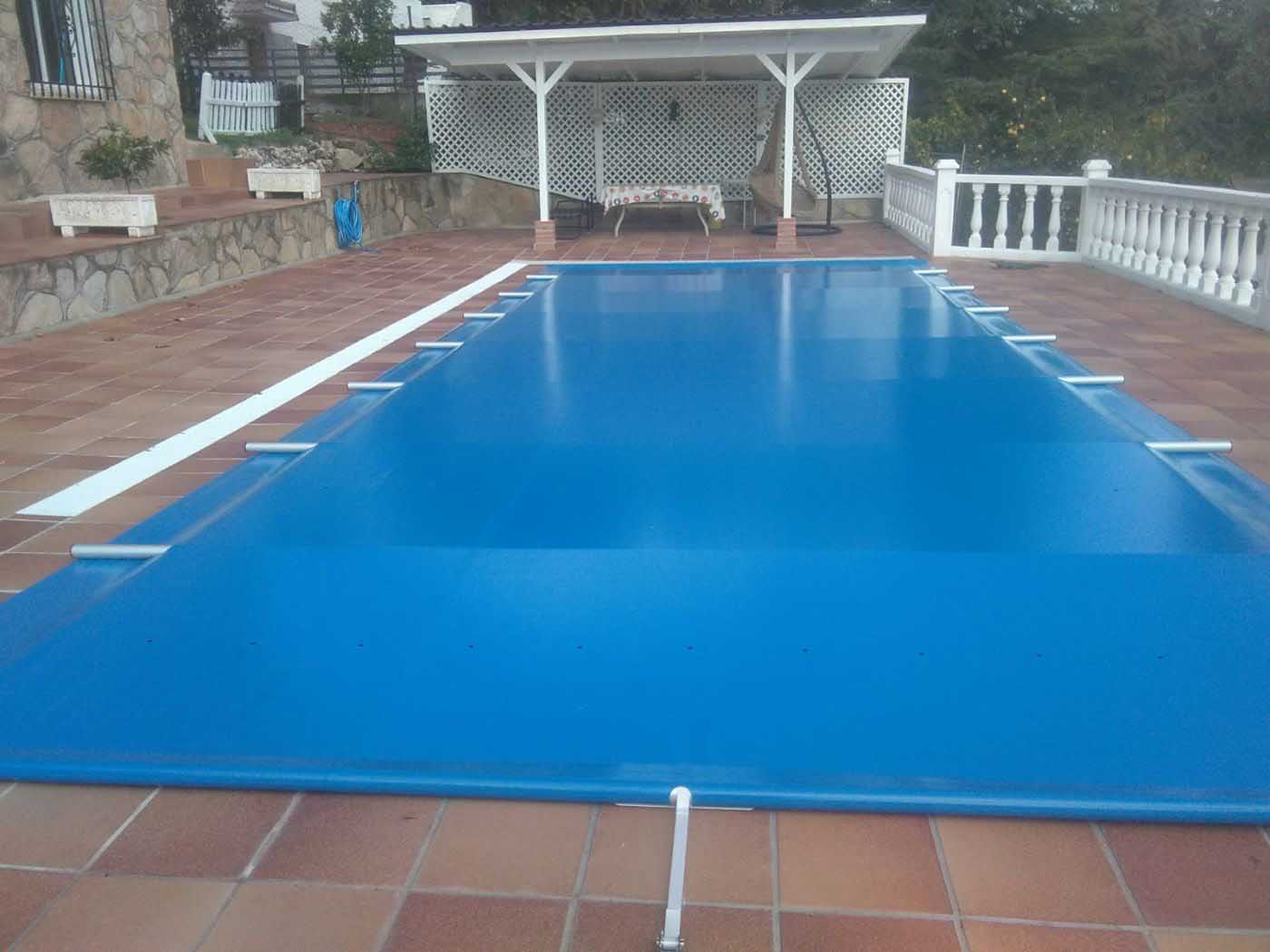 cobertores piscinas barras