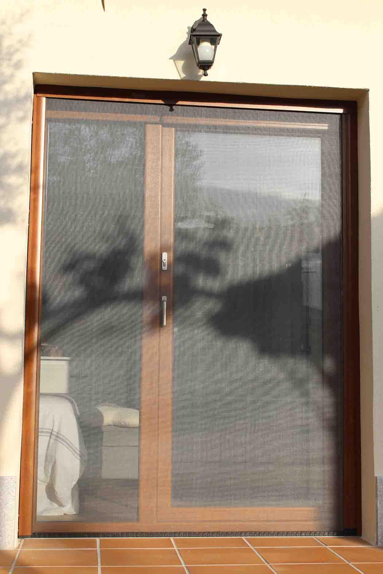 mosquiteras puertas