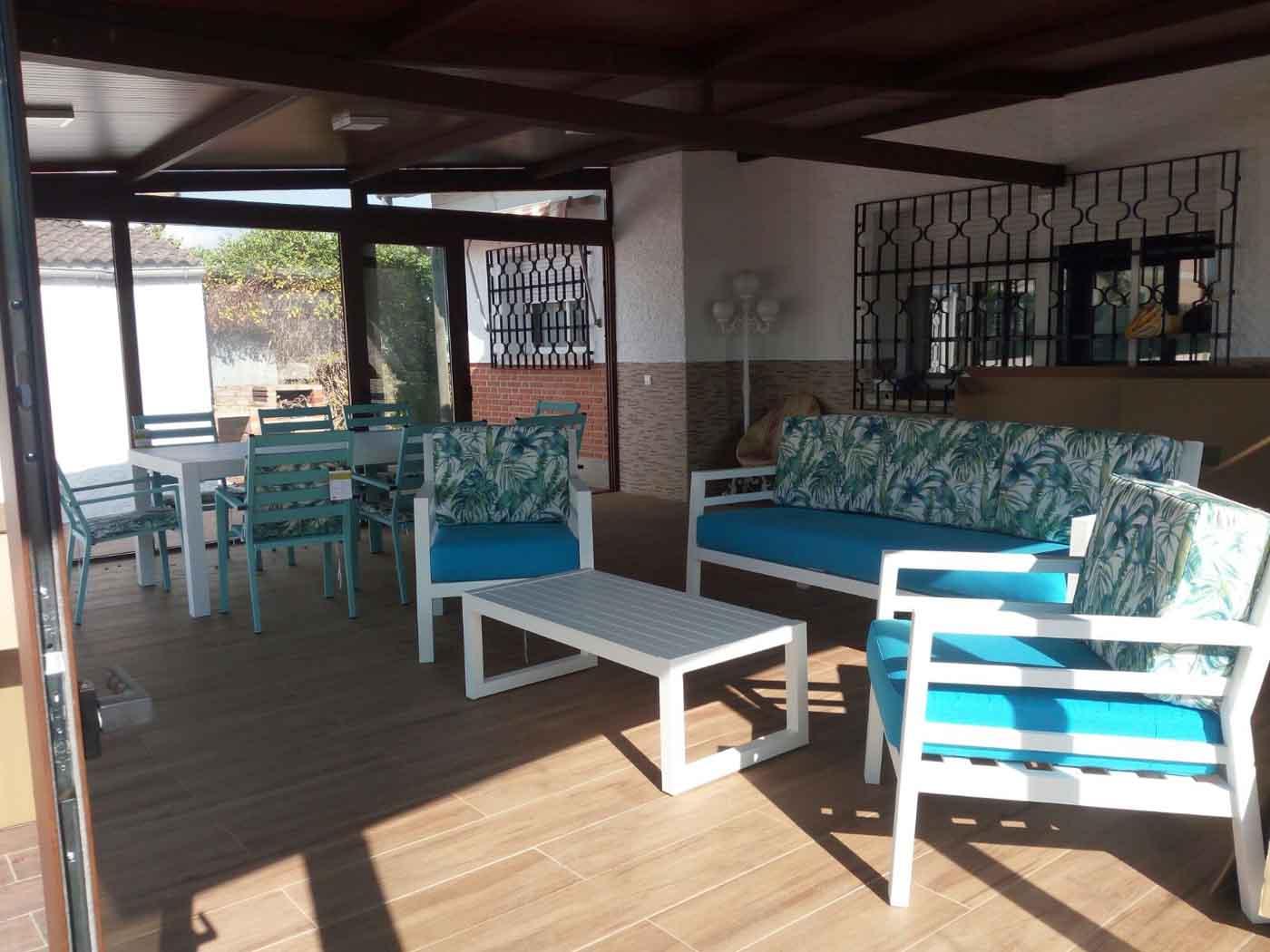 mesas mobiliario jardin
